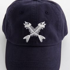 Vineyard Vines Mens Navy Crossed Fishbones Hat |The Silver Dahlia #ForDad #FathersDayGifts