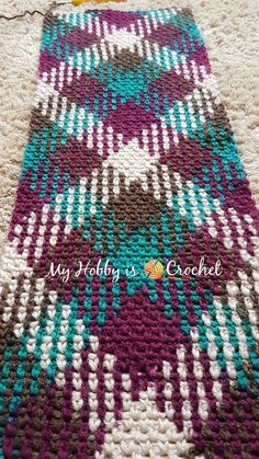 Planned Color Pooling Argyle with a Twist Infinity Scarf - Free Crochet Pattern on myhobbyiscrochet.com