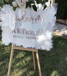 welcome bridal shower sign days until i do wedding chalkboard you can copy 66 Bridal Shower Welcome Sign, Bridal Shower Signs, Wedding Welcome Signs, Bridal Shower Party, Cricut Wedding, Diy Wedding, Dream Wedding, Wedding Ideas, Wedding Flowers