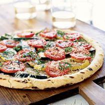 De lekkerste pizzabodem maak je zelf (basisrecept)