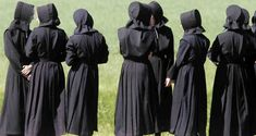 The Amish Fashionista: August 2015