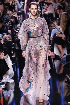 Elie Saab Fall 2017 Ready-to-Wear Fashion Show - Pauline Hoarau (Elite)