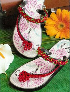 10 DIY flip flop projects  How to embellish your sandals with beads