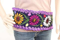 This amazing Belt showcases a Thai style embroidered fabric. This belt it chic to use with your jean or dress. Northern Thailand, Thai Style, Flower Patterns, Fashion Accessories, Belt, Chic, Unique, Amazing, Womens Fashion