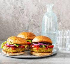 Chickpea Recipes, Cauliflower Recipes, Cauliflower Rice, Canned Beans Recipe, Bean Recipes, Burger Recipes, Homemade Veggie Burgers, Chickpea Burger, Fast Dinners