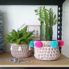 Muitas ideias surgindo 💙💙💙. http://www.dissearaposa.com.br #dissearaposa #fiosustentavel #fioecologico #fiodemalha #consumoconsciente #crochet #croche #crochecriativo #crocheting #crochetlovers #cachepot #cactus #cactuslovers #cachepos #decor #compredequemfaz #compreconsciente #compredopequeno