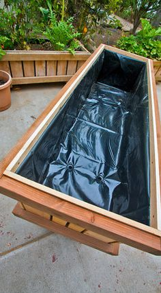 Things to consider before making DIY raised planters - Making DIY raised planters for your garden or patio is one of the best activities that you can perform this weekend. It will not only give a personali. Raised Planter Boxes, Planter Beds, Wooden Planters, Diy Planters, Raised Garden Beds, Raised Beds, Outdoor Pots, Garden Boxes, Herb Garden