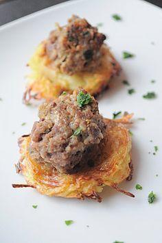 Canapé de pomme de terre et sa garniture carnée (version sage ou version gourmande)