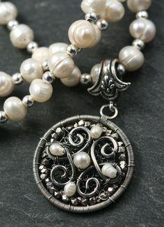 Suzy Q Jewelry: First wire piece since April!
