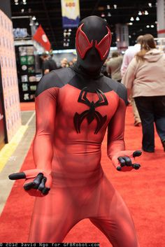 kaine as Scarlet Spider Marvel Comics Superheroes, Marvel Characters, Marvel Heroes, Marvel Dc, Hero Costumes, Cool Costumes, Cosplay Costumes, Male Cosplay, Epic Cosplay