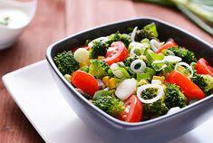Salade Riche d'été WW Pancakes Weight Watchers, Weigth Watchers, Food Challenge, Food Reviews, Cobb Salad, Love Food, Menu, Chicken, Cooking