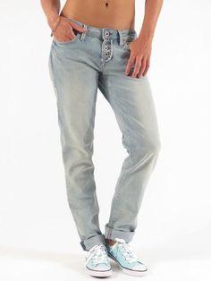 Emma Slim Boyfriend Crop Fit Light Used Boho Jeans for women by Mavi