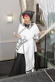Xhosa Traditional Wear For 2018 - style you 7 Xhosa Attire, African Attire, African Wear, African Women, African Style, African Beauty, African Traditional Wedding, African Traditional Dresses, African Print Dresses