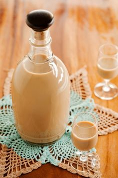 The Deen Bros Lighter Homemade Irish Crème Liqueur  1 (14-ounce) can fat-free sweetened condensed milk  11/2 cups fat-free half-and-half  1 cup Irish whiskey  2 tablespoons light chocolate syrup   1 teaspoon instant coffee powder  1 teaspoon vanilla extract  1/2 teaspoon almond extract