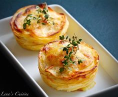 These individual Pommes Anna portions are baked in a jumbo muffin tin instead of being fried in a pan. They are simple to make but super delicious and beautiful to serve Potato Recipes, Veggie Recipes, Gourmet Recipes, Cooking Recipes, French Dinner Parties, Savory Pastry, Potato Cakes, Side Dish Recipes, Side Dishes