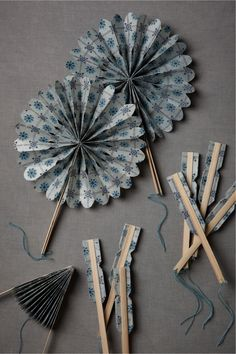 Crinkle Fans to add a pinwheeling flair to tabletops