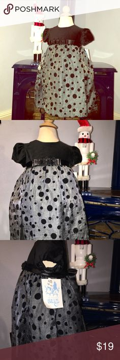ChristmasDress Luli & Me Southern Boutique +GIFT This is the sweetest little Christmas dress for your princess. Get in in time for the holiday. Purchase before the 22nd and I'll throw in a $20+ gift for free. Luli & Me Dresses Formal