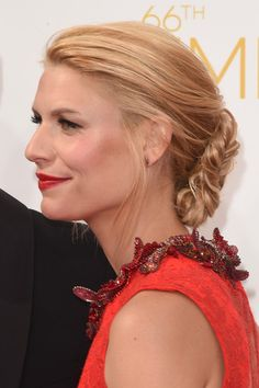 Claire Danes Dress: Givenchy Make Up: Matin Maulawizada (for Chanel) Hair: Peter Butler (for Leonor Grey)