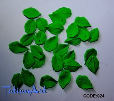 20 pcs  Tiny Leaf Beads 0.59-0.78 inch Polymer clay beads For making jewelry double-sided  leaf beads. CODE:024 di FlowerClaySupplies su Etsy