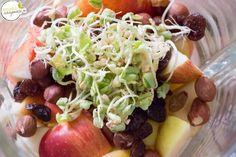 Heute schon gemixt? Wie wäre es mit einem gesunden und leckeren Apfel-Buchweizen-Smoothie? #natuerlichhausgemacht #smoothie #salzburgerblogger Smoothie, Tacos, Mexican, Ethnic Recipes, Food, Buckwheat, Home Made, Fresh, Apple