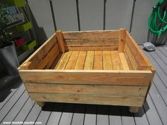 Raised garden bed on casters