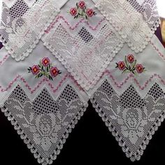 This Pin was discovered by kub Diy Crafts Crochet, Crochet Art, Filet Crochet, Crochet Doilies, Crochet Edging Patterns, Hand Embroidery Flowers, Lace Making, Bunt, Embroidery Designs