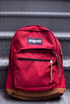 We all have those days where it seems like we need to bring everything with us. From a laptop to a change of clothes, to everyday essentials (I'm looking at you Mochila Jansport, Jansport Backpack, Backpack Bags, Duffle Bags, Messenger Bags, Stylish Backpacks, Cute Backpacks, College Backpacks, Leather Backpacks