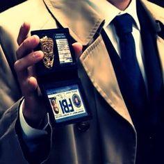 Cas as a FBI agent