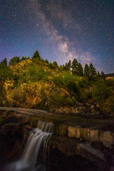 The 4 Kingdoms by Konstantinos Vasilakakos on 4 Kingdoms, Milky Way Photos, What A Beautiful World, Stargazing, Natural Wonders, Far Away, Night Skies, Wonders Of The World, Scenery