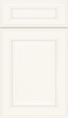 Briarcliff II 5-piece Maple raised panel cabinet door in Fawn