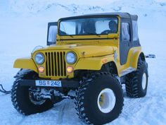 My grandfather had a jeep just like this. Cj Jeep, Jeep Cj7, Jeep Truck, Jeep Wrangler, Ford Bronco, Jeep Quotes, Volkswagen, Badass Jeep, Suspension Design