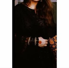 Dreamy Photography, Girl Photography Poses, Hijabi Girl, Girl Hijab, Cute Relationship Pictures, Stylish Dpz, Girls Dp Stylish, Pakistani Dresses Casual, Dress Indian Style