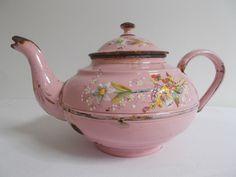 ANCIENNE CAFETIERE THEIERE EMAILLEE RELIEF ROSE FLEURS XIX ENAMEL COFFEE TEA POT