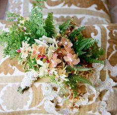 Ramo de flores tropicales