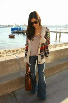 Cardigan (forever 21), baggy tee, flares, layered necklaces, big bag The HONEYBEE: Fashion