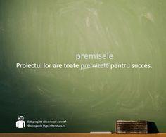 """Conform DOOM2, forma corectă a cuvântului este """"premisă"""", deși în DEX este menționat și """"premiză""""."""