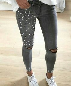 37 Model Outfits To Update You Wardrobe Now - Fashion New Trends Diy Clothing, Sewing Clothes, Refaçonner Jean, Denim Fashion, Fashion Outfits, Casual Outfits, Cute Outfits, Diy Vetement, Denim Ideas
