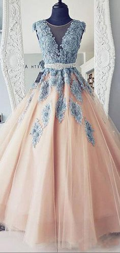 A-Line Cap Sleeves Lace Ball Gown Tulle Long Prom Dresses 923f2cd15c7