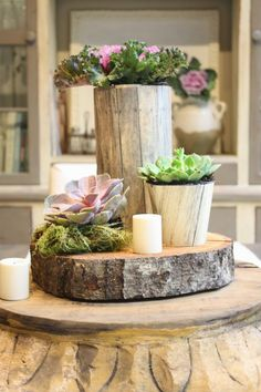 15 Easy DIY Rustic Centerpieces You Must Have at Home - how to make a rustic tree stump centerpiece Diy Home Decor Rustic, Rustic Room, Rustic Theme, Tree Stump Centerpiece, Rustic Centerpieces, Log Projects, Diy Home Decor Projects, Decor Ideas, Art Decor