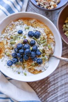 Mock overnight oatmeal breakfast porridge made with nuts and seeds for a grain-free, protein packed way to fuel your day. This recipe requires only a handful of ingredients and a few minutes to pre…