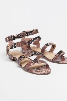 Uterqüe Zapatos Por Las Los Comienzan Rebajas De Piescon Sus R4A5j3L