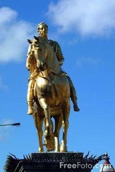 King William statue, Kingston upon Hull, East Yorkshire, England East Yorkshire, Yorkshire England, Hull England, William Wilberforce, Kingston Upon Hull, King William, Hull City, Great Britain, East Coast