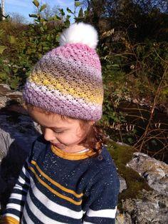 Bonnet tricoté main au point d astrakan pour enfant de 12 18 mois - 902f4fb733a