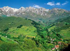 Ruta por el corazón del parque nacional de los Picos de Europa by National Geographic