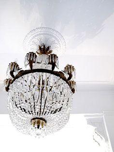 chandelier - so pretty!
