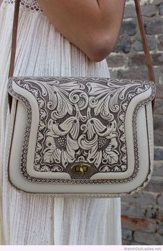 #Rare vintage 70's cream tooled leather hippie boho purse