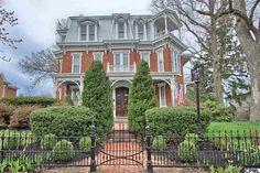 318 W Main St, Mechanicsburg, PA 17055