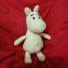 Virkattu muumi Hello Kitty, Dinosaur Stuffed Animal, Toys, Animals, Fictional Characters, Art, Activity Toys, Art Background, Animales