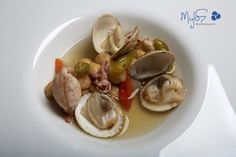 Mylos Bar Restaurant, is one of the best Restaurants in Santorini. Defining the dining experience, enjoy dining from Chefs with passion for excellence. Wine List, Chickpeas, Taste Buds, Restaurant Bar, Seafood, Drink, Vegetables, Sea Food, Wine Chart