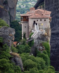 Unbelievable monasteries on top of huge naturally formed pillars in Meteora, Greece
